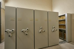 almacén y archivo del museo 2
